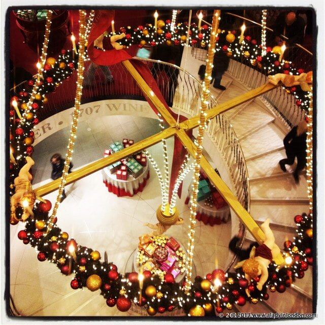 London at christmas - Fortnum and mason christmas decorations ...