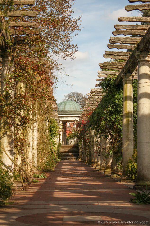 14c96e53fd224 Lady in London's Secret Gardens – A Lady in London