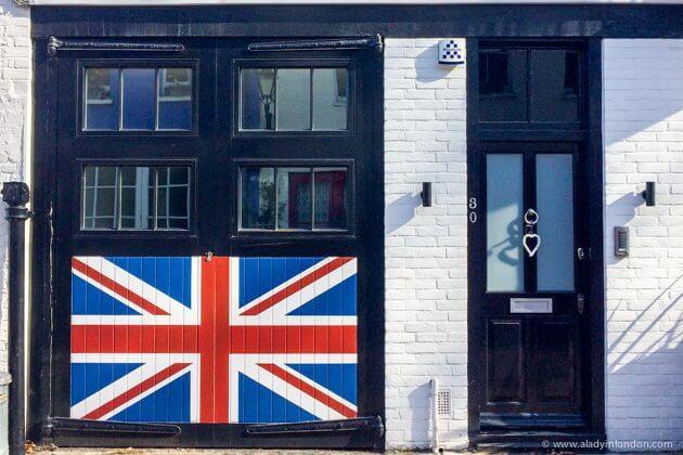 Doors in South Kensington, London