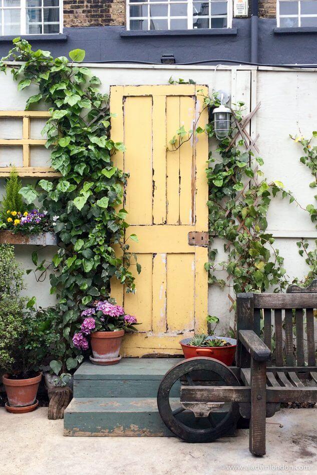 Door in Shoreditch, London