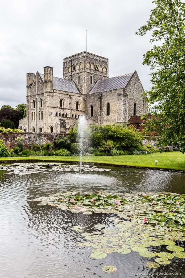 Lady's 17 Lovely Day Trips from London
