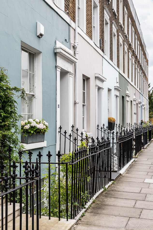 Houses in Holland Park, London